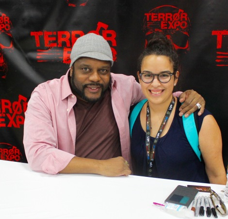 "Shuffle Online's Lifestyle and ATX Editor, Catherine Gutierrez, poses with ""The Walking Dead"" actor, Chad L. Coleman. / Photo by Victor Gutierrez"