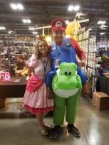 Princess Peach and Super Mario cosplay